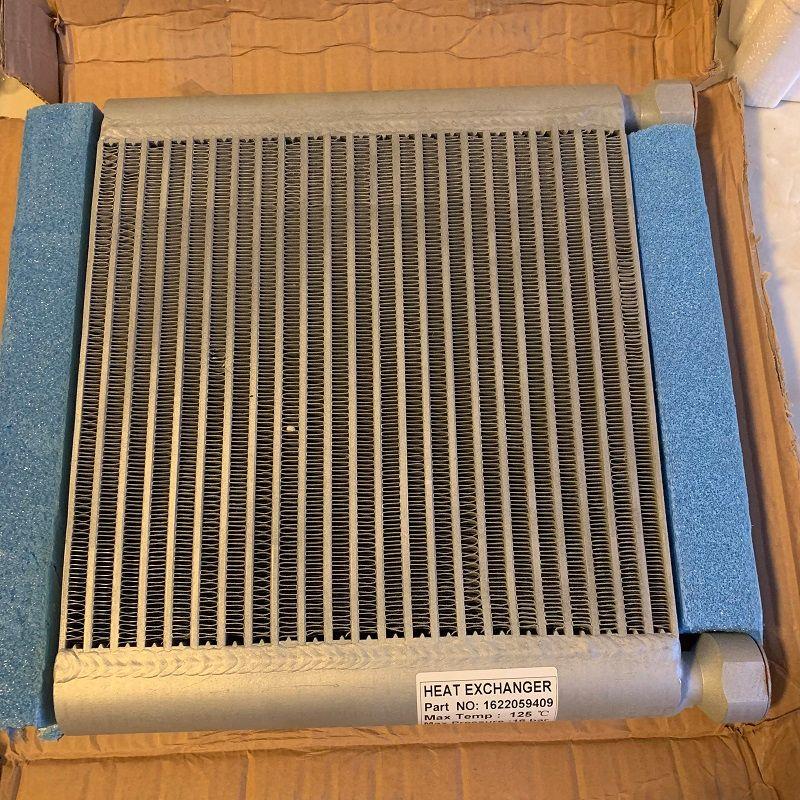 O envio gratuito 1622059409 (1622 0594 09) placa-fin refrigerador de ar resfriador de óleo do radiador para o compressor de ar AC parafuso