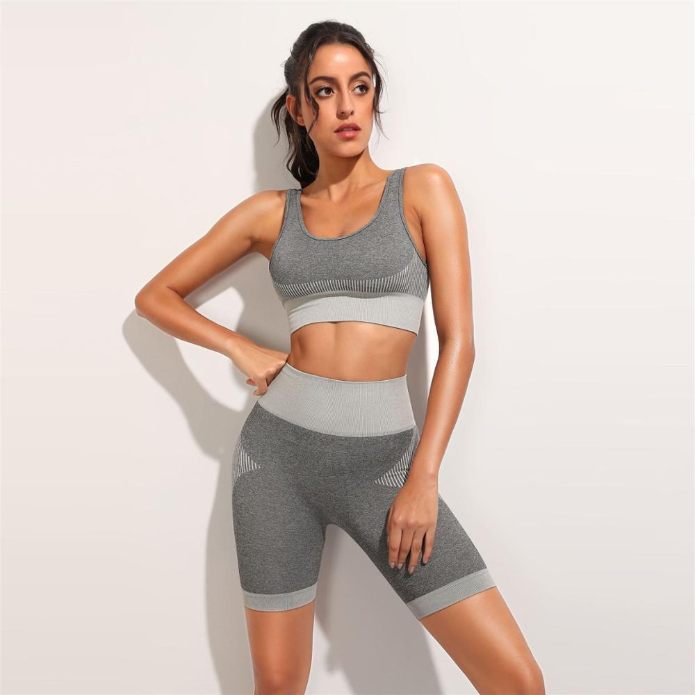 Estate senza saldatura Gym Shorts Suit 2 piece set Donne Blu Verde Rosso Crop Canotta Abbigliamento sportivo di allenamento attrezzatura di forma fisica Abbigliamento T200618