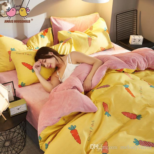 Lively and Fresh Lady Girls Lovely Carrot Car Fruit Design Young Girl Loves Luxury Warm and Soft Flannel Gold VelvetBedding Sets