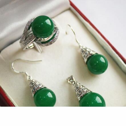Chapado en plata 12 milímetros verde jades colgante pendiente adn anillo de la Joyería Conjuntos