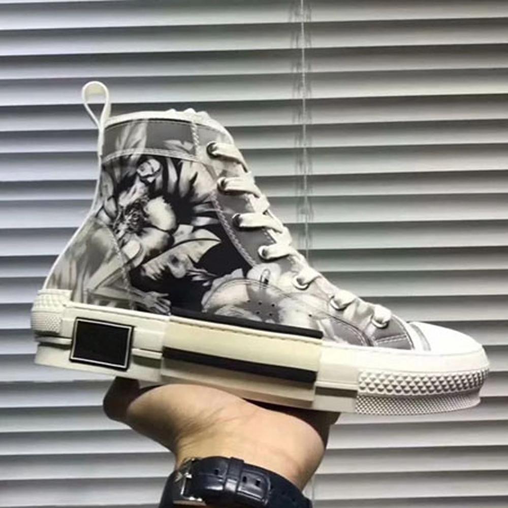 Mit Box Sneaker Freizeitschuhe Sneaker Fashion Sportschuhe der Qualitäts-Lederstiefel Pantoffel-Weinlese-Luft für einen Mann eine Frau 02DA1901