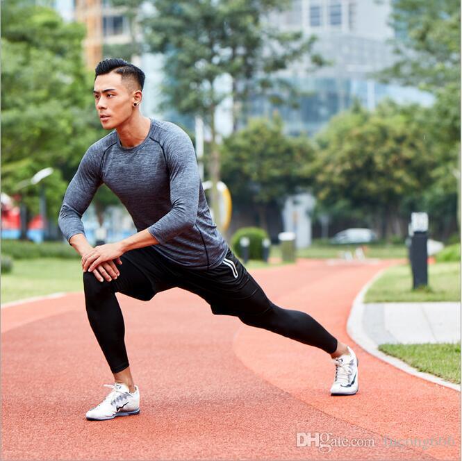 Die neuen 01 Sportswear-Anzüge für Herren tragen dreiteilige Anzüge. Schnelltrocknende Outdoor-Trainingsbekleidung für Herren