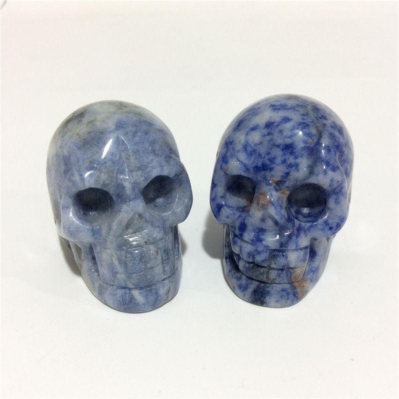2inches en gros de haute qualité naturelle Sodalite crâne Forme des pierres en cristal sculpté à la main Palm pour le présent ou Collection