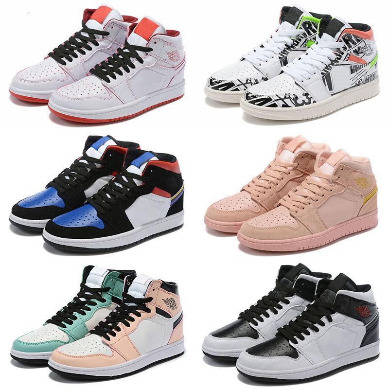 Обувь Jumpman 1 OG Баскетбол Mens Чикаго 1S дизайнер обуви 6 колец Легкая атлетика Кроссовки Бред Toe Тренеры WOMEN MID Новая любовь UNC Спортивная обувь