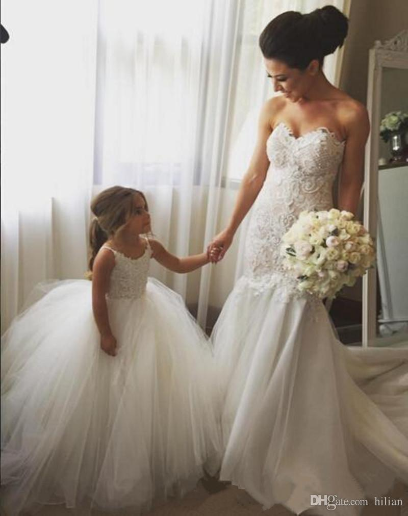 Personalizado Novo Encantador Vestidos Da Menina de Flor Branca Puffy Tulle Crianças Vestido de Baile para a Festa de Casamento Primeira Comunhão Formal