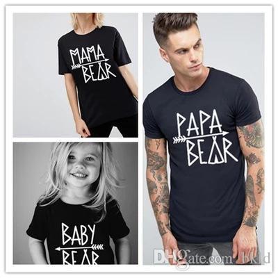 مطابقة الصيف الأسرة الملابس نظرة الأب الأم الابن ابنة تتسابق الملابس التي شيرت الطفل Bodysuit أمي أبي وعني الملابس