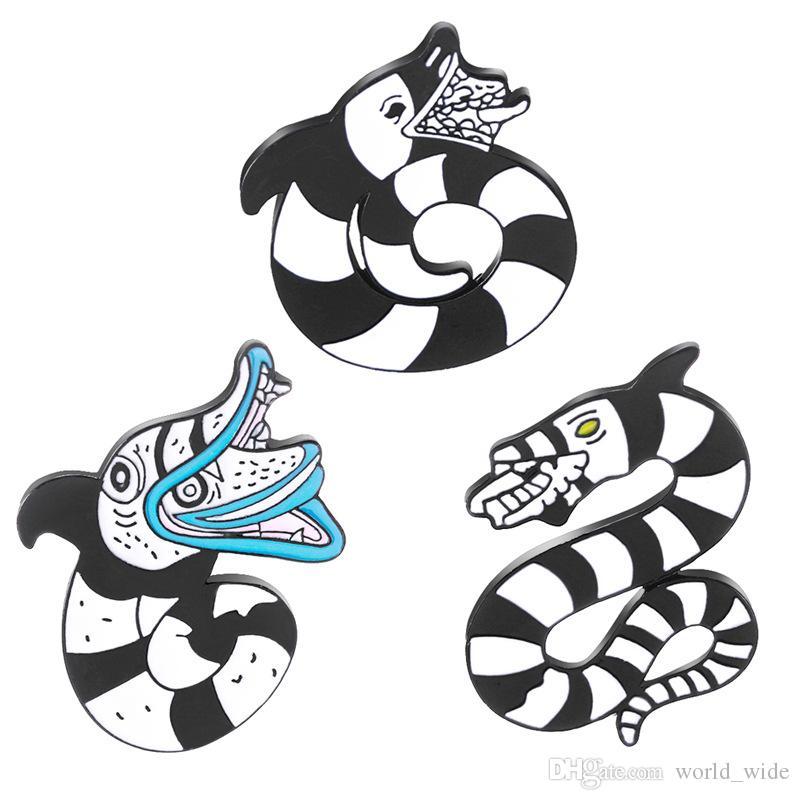 Horror especies de serpientes Swallow Serpiente grande de la boca de la lengua Beetlejuice amarillo máscara de diablo Telaraña bruja Mano Broche Insignia gótica