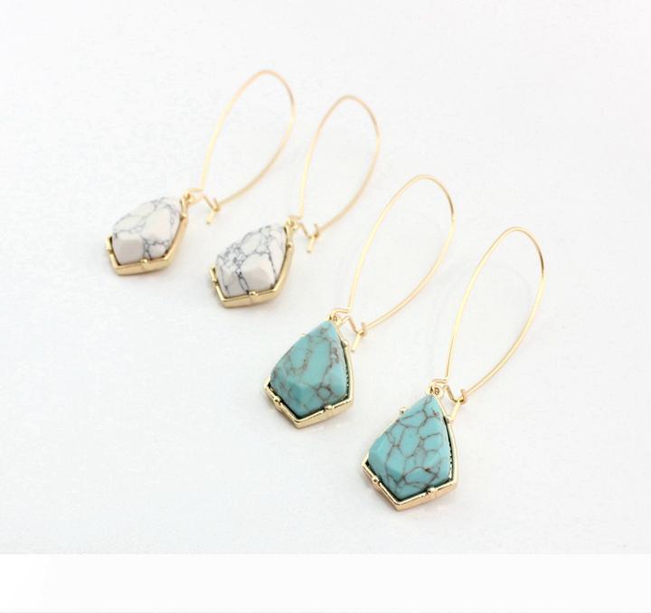 Gold überzogenes Blau Weiß Türkis Naturstein-Haken-Tropfen Geometric Ohrringe Einzelner Ohr-Haken