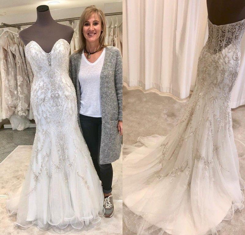Luxury Full Beaded Mermaid Wedding Dresses Crystal Strapless V Neck Bridal Gowns Tiered Tulle Sweep Train Custom Made Dresses