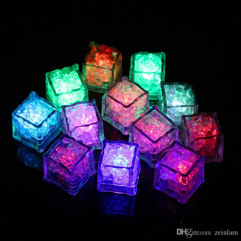 أدى RGB فلاش مكعب مكعبات الثلج لايت مصابيح فلاش السائل الاستشعار المياه الغاطسة LED بار تضيء للنادي حفل زفاف برج الشمبانيا