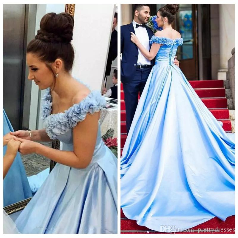 Fuera del hombro Vestidos de fiesta en línea 2019 Cordones en la espalda Satén Sencillas Damas Formal Ocasiones especiales Vestidos de fiesta Vestidos largos de fiesta personalizados