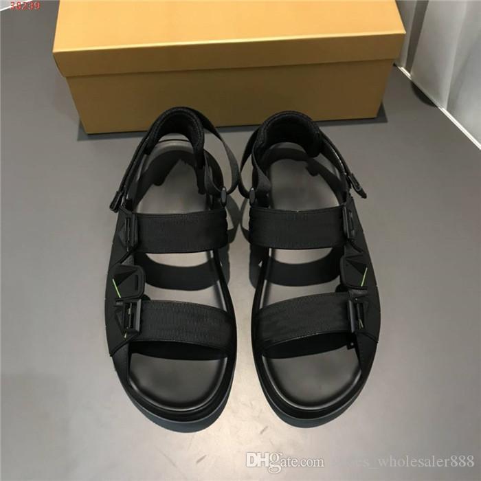 Primavera / Estate 2020 mens retrò sandali stringati monogramma, mocassini piatti intrecciati, shock assorbente scarpe da spiaggia