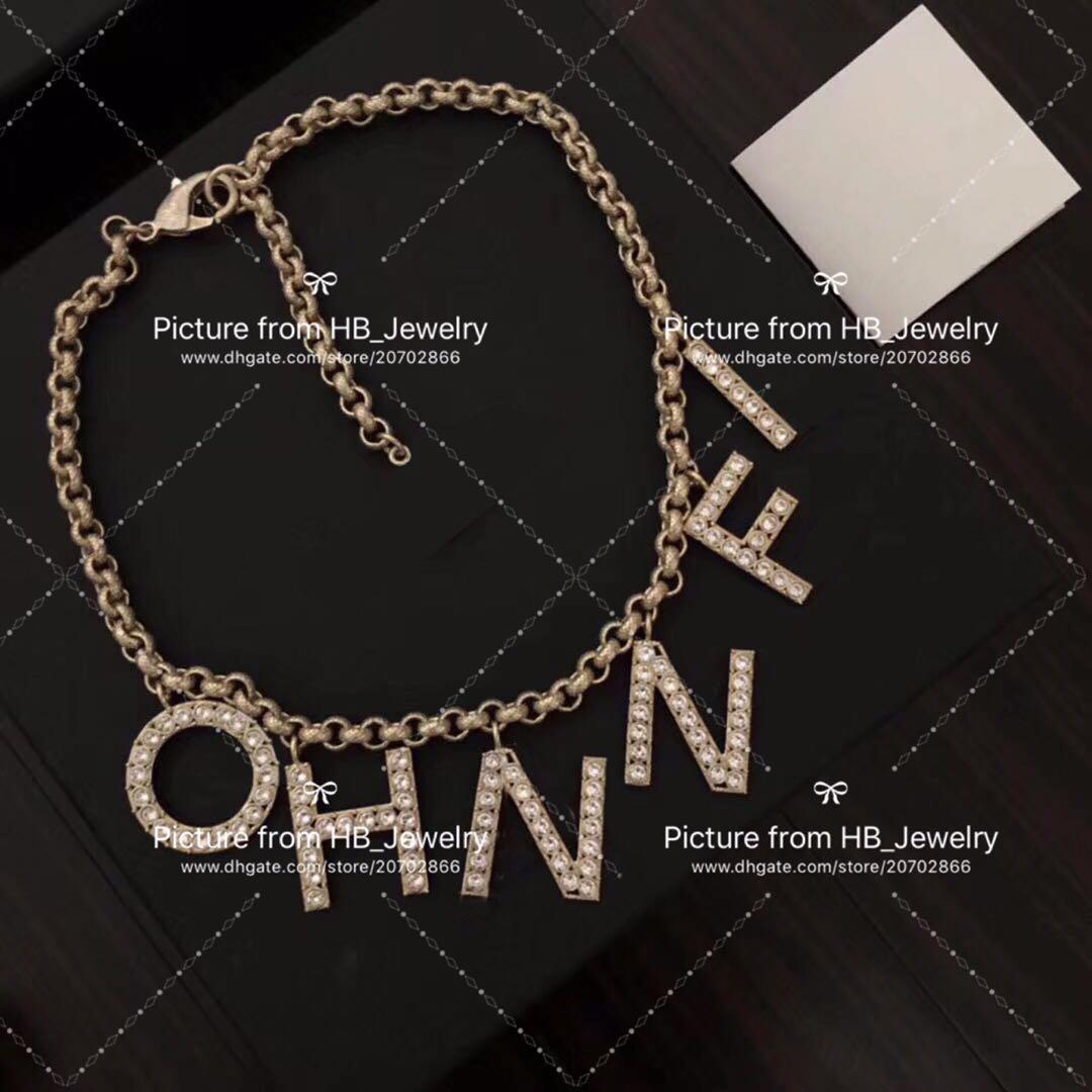 Popular moda letra inicial colar gargantilhas para o casamento Design Festa mulheres senhora amantes de jóias de presente namorada para a noiva com a caixa.