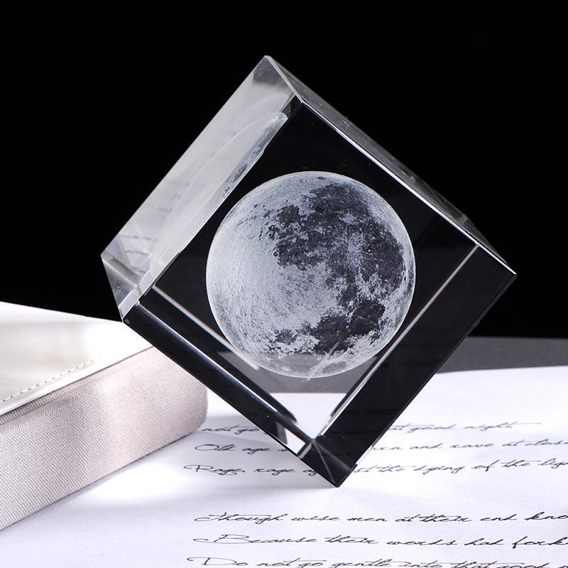 Lüks 3D Lazer İşlemeli Ay Kristal Küp K9 Kristal Craft Küre Tasarım Ev Dekorasyonu Süsleme Globe Doğum Hediye Dekorasyon Aksesuarları