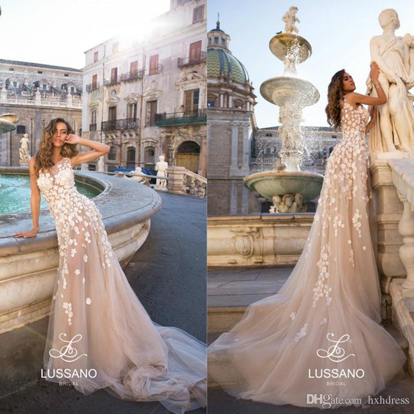 Lussano Boho Wedding Dresses 2020 Jewel Neck A Line Sweep Train Lace Floral Appliqued Beach Wedding Dress Custom Made Bohemian Bridal Gowns