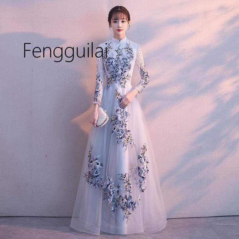 2019 Bordado Tradicional Floral Cheongsam Elegante Media Manga Mujeres Chinas Vestido de noche de la vendimia Oriental Novia Boda Qipa