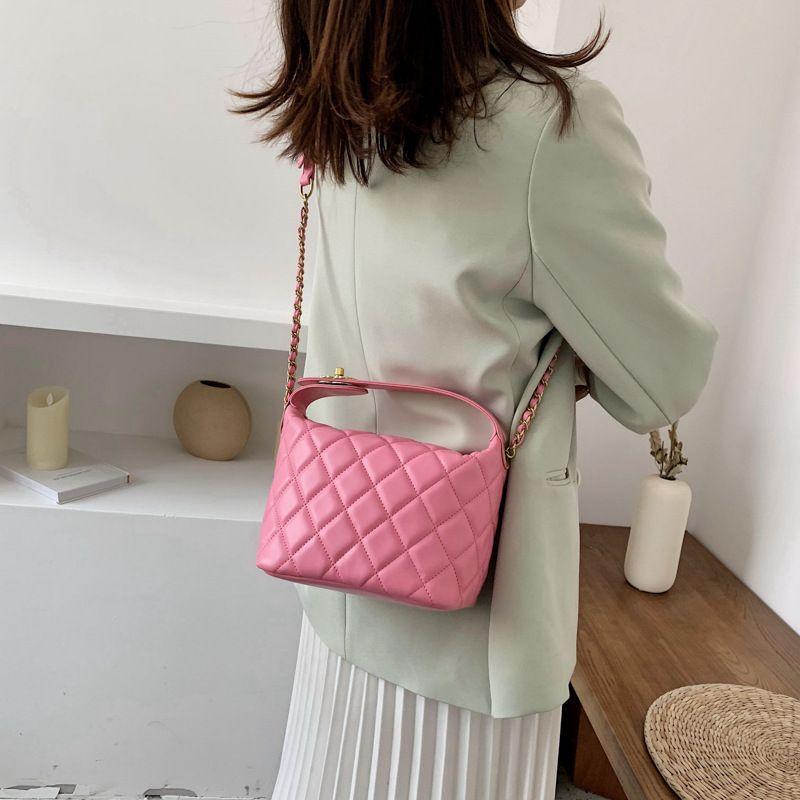 eşkenar nakış ipliği çanta zincir crossbody torbanın 2020 yeni omuz çantası kadın rahat moda Kore versiyonu