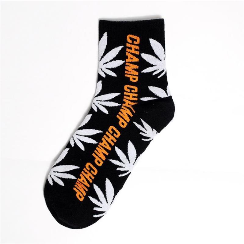 Neue Socken Cotton Cartoon-Muster Spaß Socken Straße Lustige Trend Unisex Baumwolle College Style Persönlichkeit mittleres Rohr