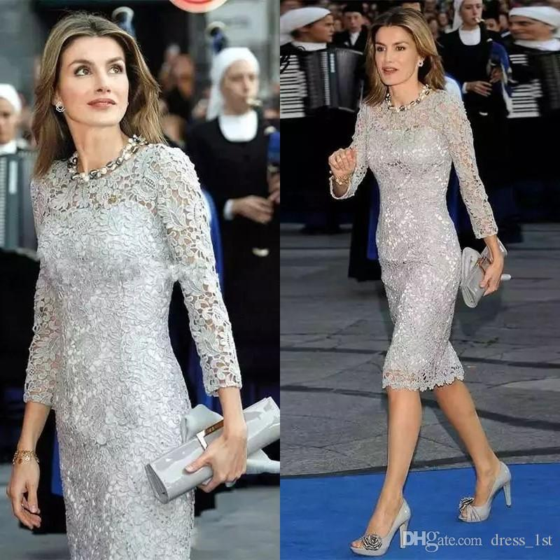 Elegant 2019 Silver Gray Lace Mother of the Bride Evening Dresses Long Sleeve Jewel Neck Sheath Knee Length Cocktail Dresses Custom Made