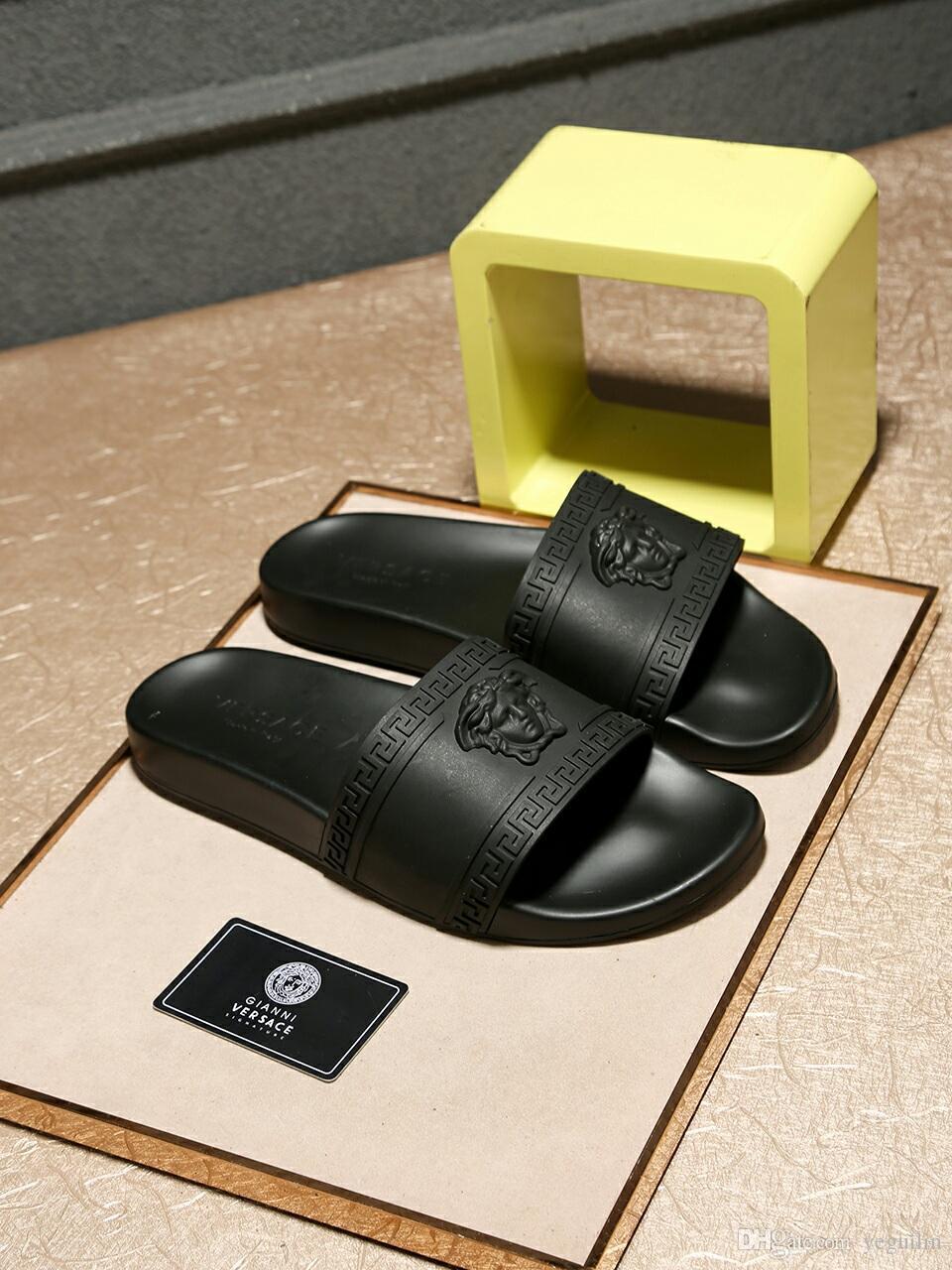 العلامة التجارية الإيطالية الجديدة الصيف الرجال النعال نوعية الجلود الشاطئ الصنادل المسطحة الرجال القاع داخلي أحذية عادية 40-46 الحجم