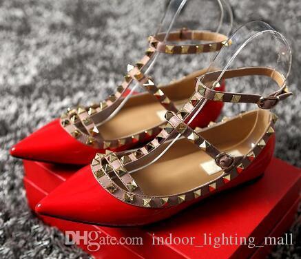2019 Kadın Pompaları Sivri Burun Düz Moda Kadın Ayakkabı Perçinler Hakiki Deri Ayak Bileği Kayışı Sandalet Ayakkabı 35-42