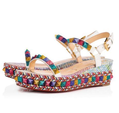 Sıcak Satış-Zarif Stil Pyraclou Cataclou Yaz Bayan Sandalet Çiviler Kırmızı Alt Kadınlar Kama Sandalet Ünlü Marka Elbise Rahat EU35-42