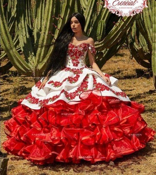 뜨거운 판매 Ruffled 꽃 charro quinceanera 드레스 푹신 푹신한 스커트 레이스 자수 공주 달콤한 16 여자 무도회 무도회 드레스