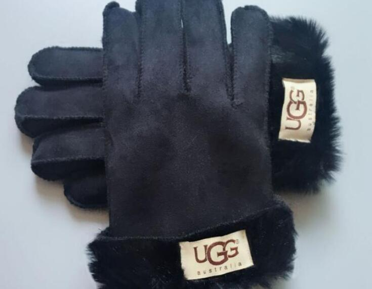 2020 Design Frauen Handschuhe für Winter und Autumn Cashmere Handschuhe Handschuhe mit reizendem Fellknäuel Außensport warme Winterhandschuhe G3861