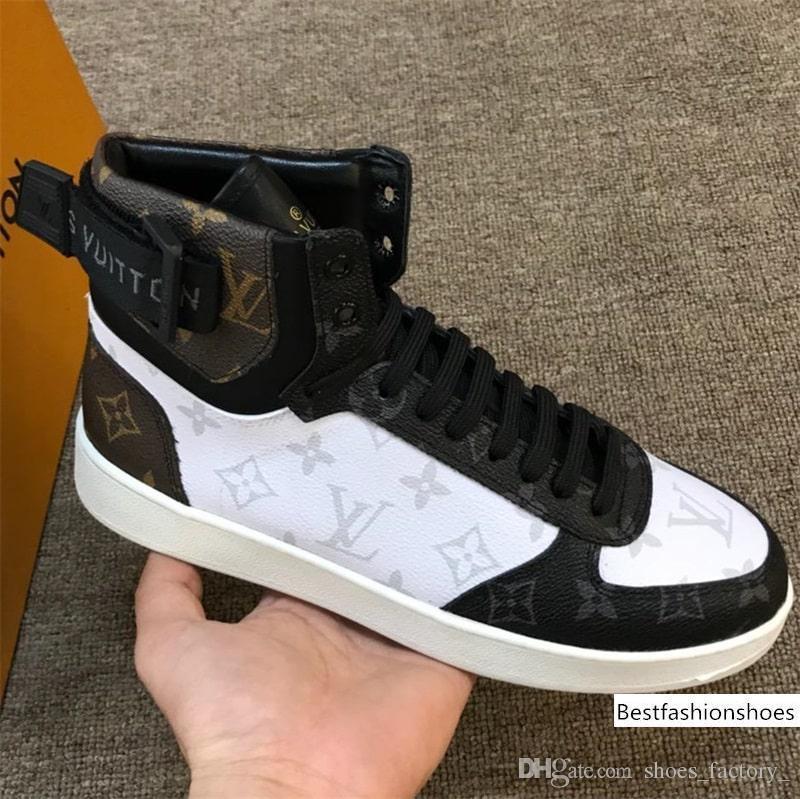 Casual Shoes design di lusso Tripla Bassa Vecchio Papà Sneaker Combinazione Soles Boots Mens di modo di alta qualità superiore formato 38-45 con box