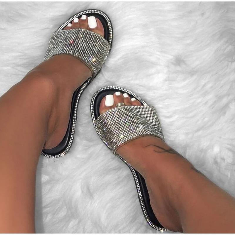 Tirón de cristal de las mujeres del nuevo verano de los deslizadores del brillo de Bling plana suave femenino del color del caramelo Flops interior zapatos de las señoras Diapositivas Hot Beach