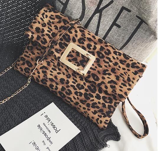 Stylish leopard print envelope bag new 2019 summer women's bag European and American lock chain bag cross-shoulder single-shoulder clutch ba