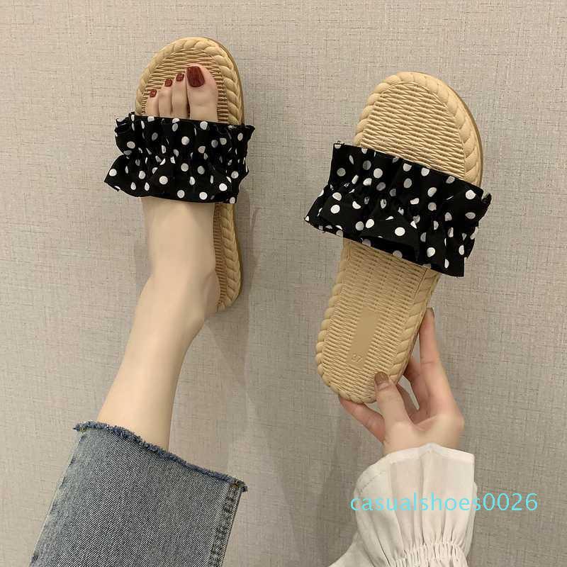 Mujer zapatos planos zapatillas señora de las mujeres de verano de lujo portaobjetos bajo Pantofle chica diseñador 2020 Playa Suave Roma c26 Escándalos algodón