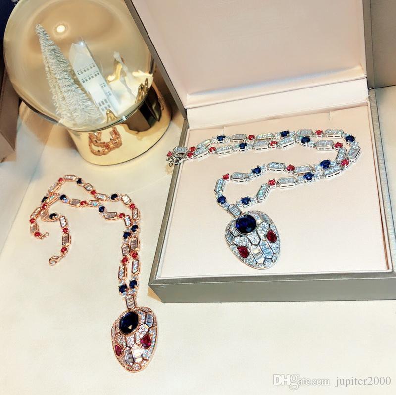 حار بيع الأزياء سيدة نساء النحاس 18K الذهب البطانة الأحجار الكريمة القلائد مع كامل الماس الأحمر / العيون الزرقاء الزركون قلادة الأفعى رئيس