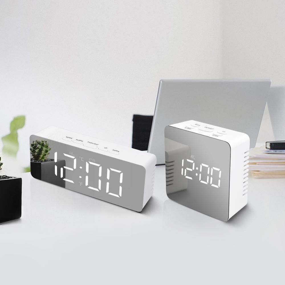 LED-Schreibtisch-Taktgeber für Home Office-Dekoration-Nacht-Anzeigen-Digital-Tabellen-Taktgeber beleuchteter Make-up-Spiegel-LED Bürouhr Uhr Klokje Y200407