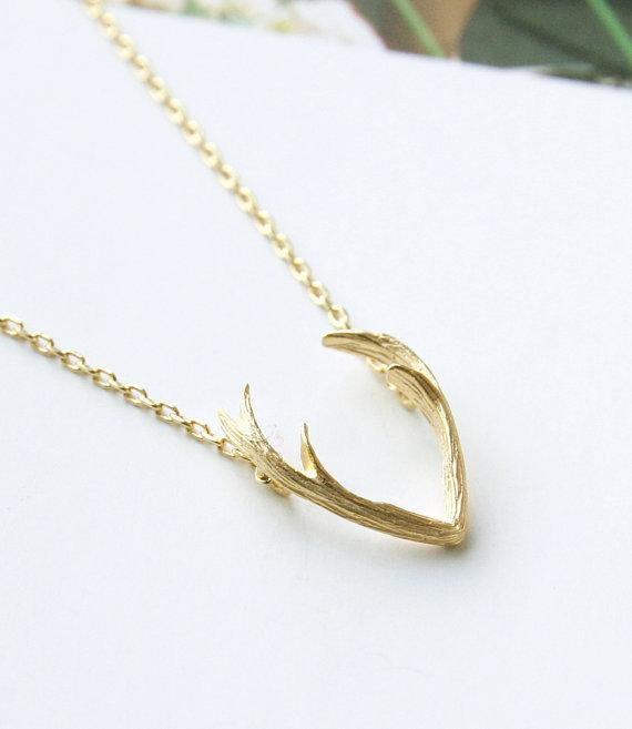New Fashion Deer Horn Antler Necklace Unique Animal Necklaces Minimalist Jewelry for Women Tiny Cute Pendant Necklace -N056