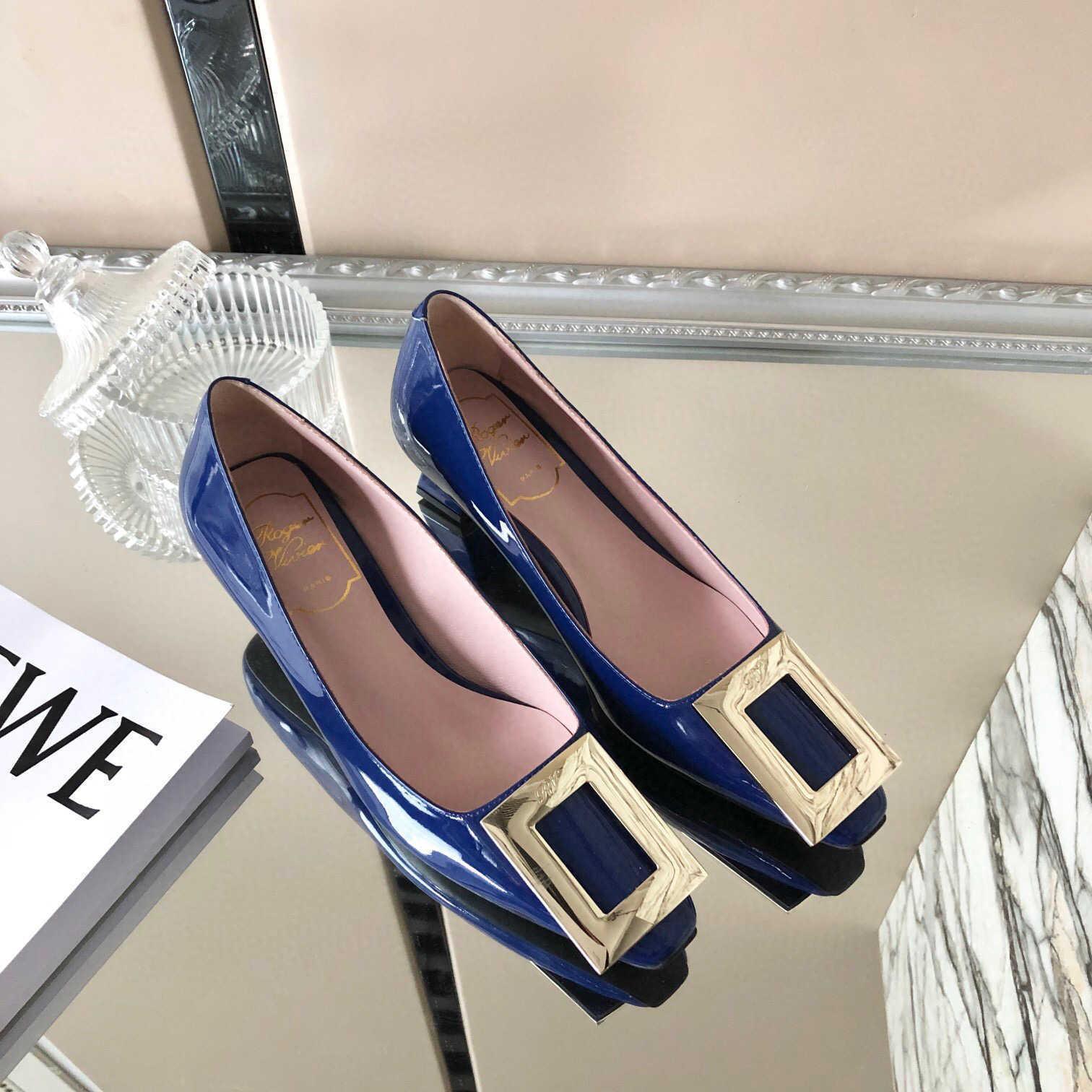 scarpe nuove donne di estate di vendita calda fibbia quadrata di design di lusso casuali tacchi alti contenitore di pattino originale