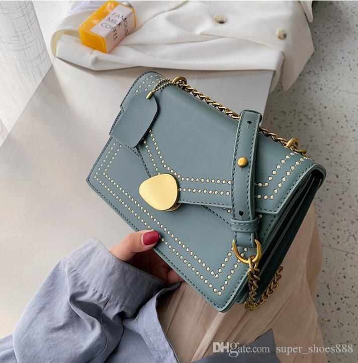Moda Kore versiyonu doku eğik küçük kare çanta basit eğlence tarzı tek omuz zinciri çanta