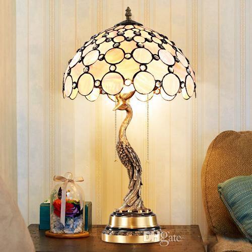 أضواء عكس الضوء الأوروبي نمط الجدول غرفة نوم السرير تيفاني مصباح قذيفة الطيور شخصية أمريكية التصميم الجديد أضواء الجدول براءة اختراع فريدة من نوعها