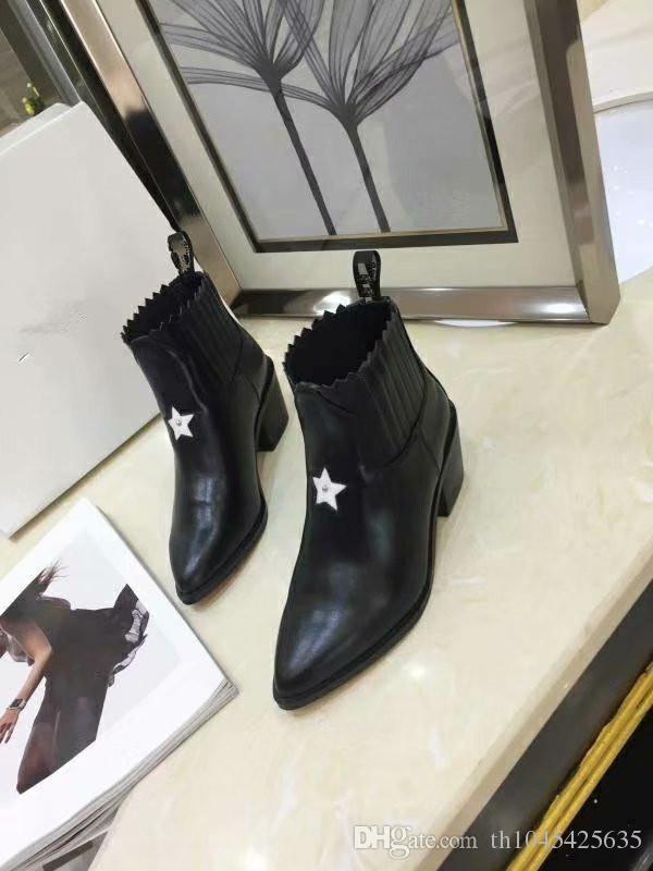 Stivaletti neri da donna autunno inverno Stivaletti Scarpe da donna in vera pelle Slip On Short Martin Boots Design Runway Ladies Booties