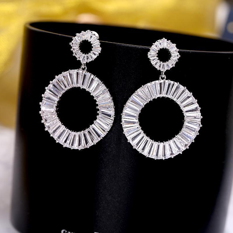 Moda New Arrival Espumante Cubic Zirconia jóias brincos para mulheres em torno do pingente brincos Drop Shipping