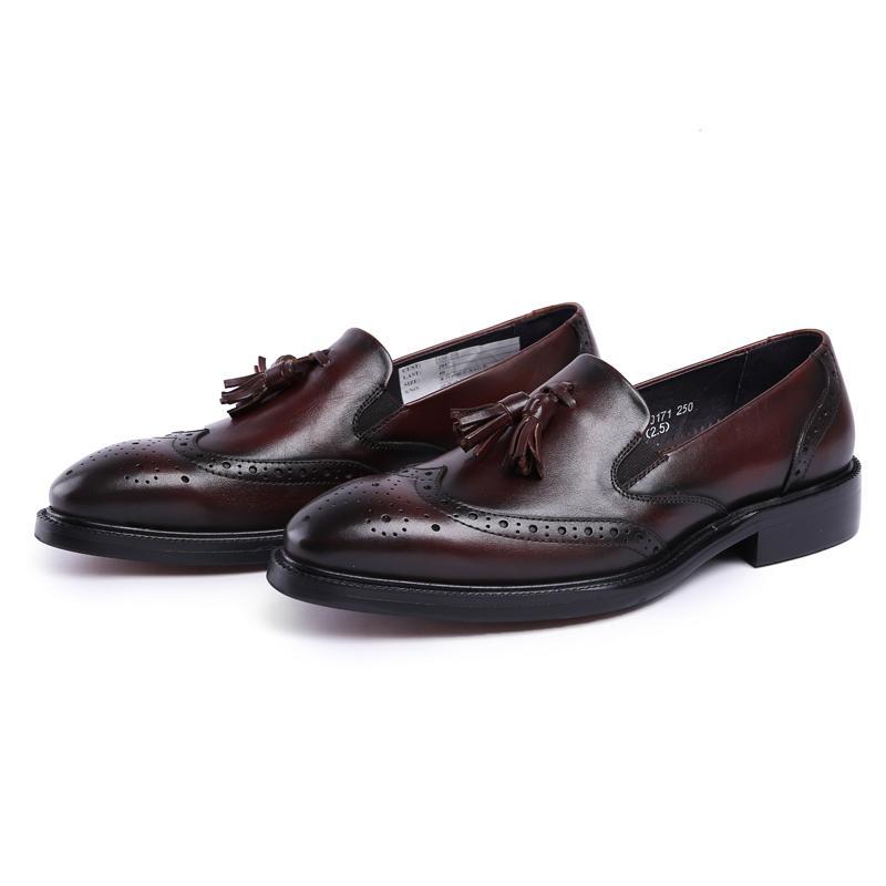 Новое прибытие британского Man Резные официально платье Броги Genuine Leather Round Toe Слип на мужские кисточками Wing Tip бездельников