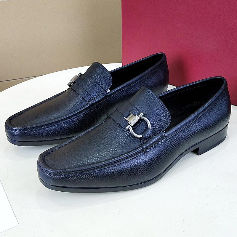 New fashion men's shoes black Italian designer dress shoes men's Oxford high-quality leather business office shoes elegant gentleman qsy