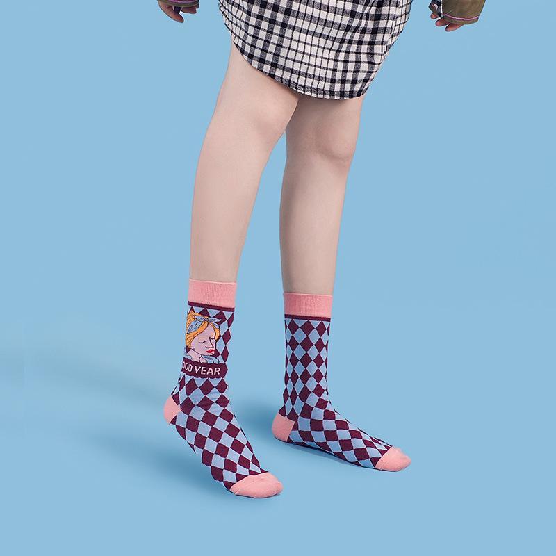 Automne et hiver nouvelle illustration épaissie Plaid Lolita chaussettes mode belle bande dessinée pur coton tube central chaussettes Japonaises