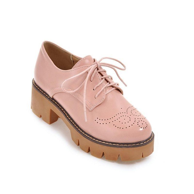 2020 Automne Brogue épais talon plateforme Femmes Pompes lacent Wing Tip PU cuir Chaussures Grande Taille Retro Casual Ladies Oxford Chaussures
