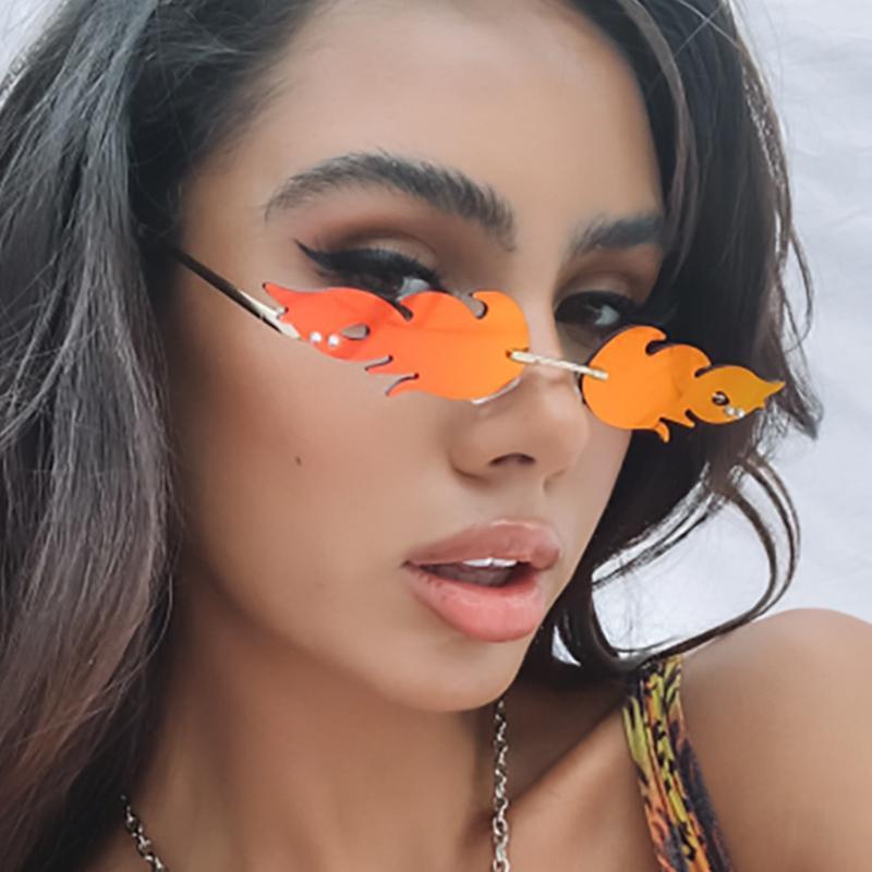 Neue Frauen Feuer Flamme Mode Sonnenbrille 2020 Tending Randlose Welle Sonne Eyewarbe Schmale Luxus Sonnenbrille Streetwear Männer Gläser Mwkat