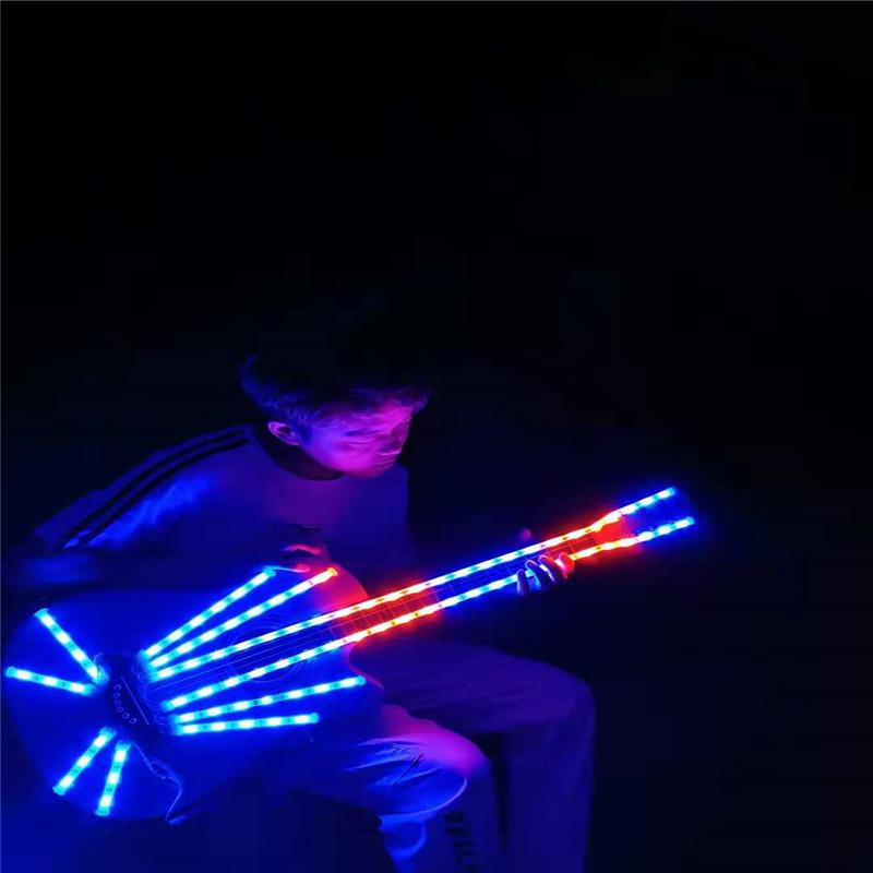 P88 partie événement danse danse conduit costumes RGB coloré lumière guitare lumineux rougeoyant porter la performance sur scène conduit accessoires disco tenue fête