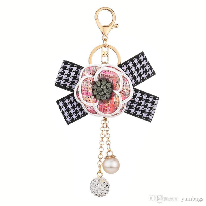 라인 석 공 열쇠 고리 열쇠 고리 홀더 격자 무늬 활 동백 꽃 열쇠 고리 반지 보석 선물 패션 여성 여자 진주 가방 차에 대 한 매력