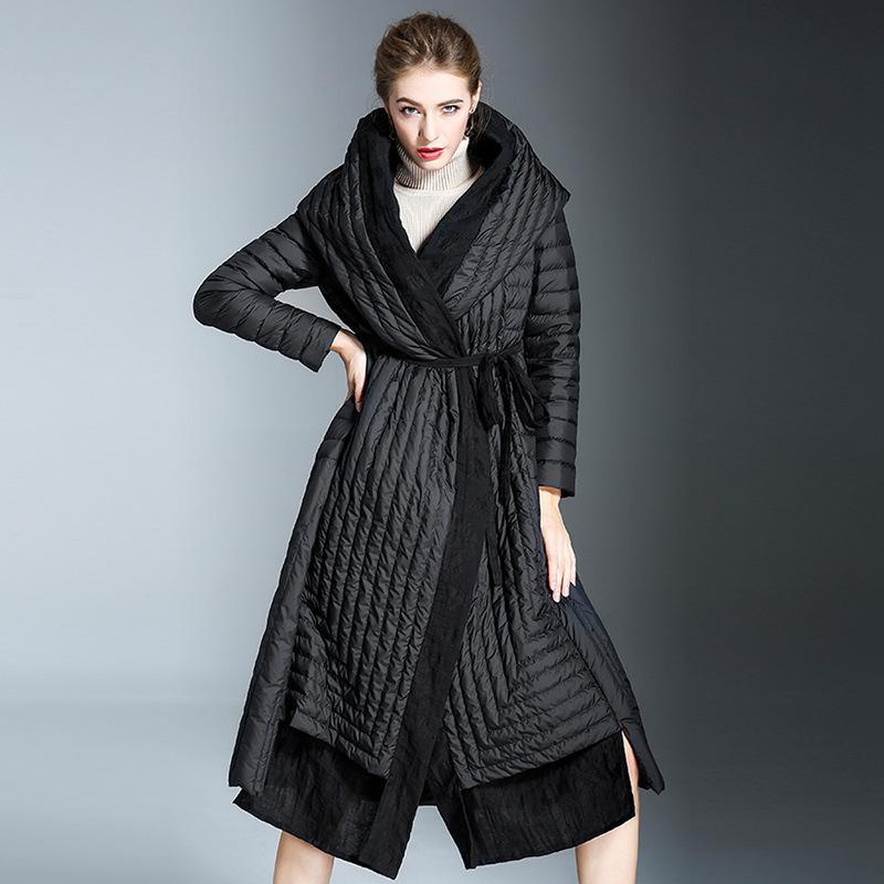 Мода прилив зима новая мода женский высокое качество черный с капюшоном повязка талии тонкий куртка белье подол пальто YE917