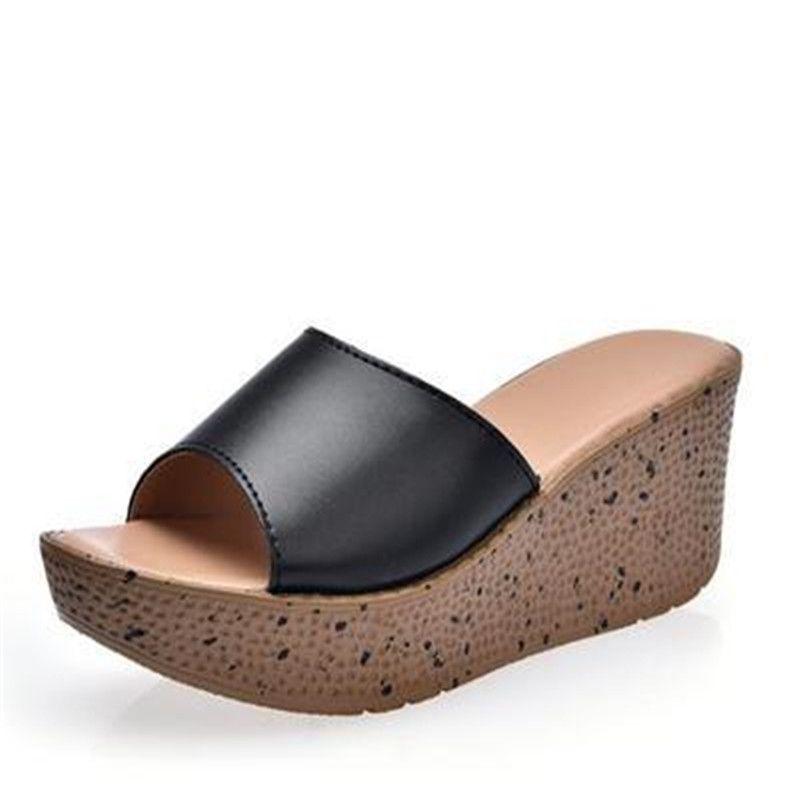 Pantofole da donna Cuoio genuino di marca Infradito Ciabatte piattaforma comfort cunei Pantofole da donna Scarpe da spiaggia estate Chaussure Femme 41