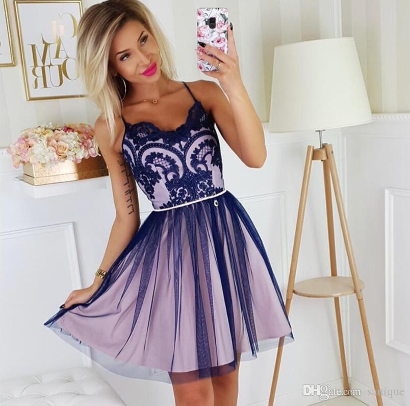 2020 Sexy A-line Appliques Short Spaghetti-Straps Homecoming Dresses Party Dresses
